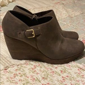Dr Scholl's wedge booties
